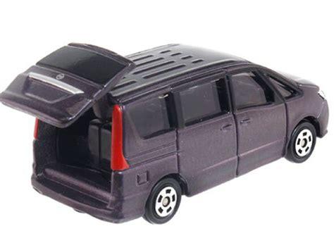 Nissan Serena No 99 Tomica black 1 67 scale tomy no 99 diecast nissan serena