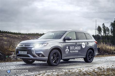 outlander mitsubishi inside outlander phev gxh3 about the car tests reviews