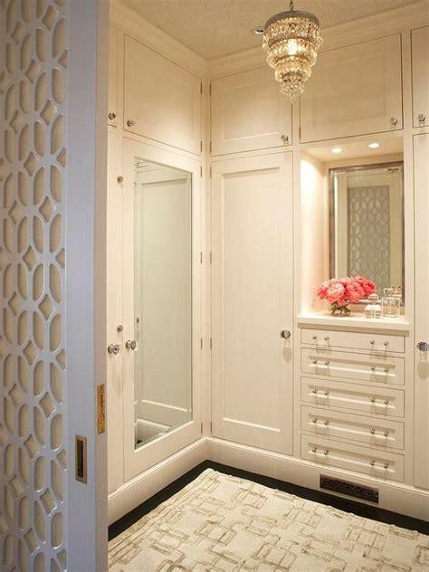 Mirrored Closet Doors Design Ideas Walk In Closet Door