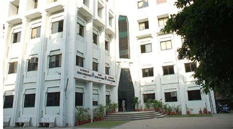 Gls Mba Fees by S M Patel Institute Of Commerce Smpic Ahmedabad