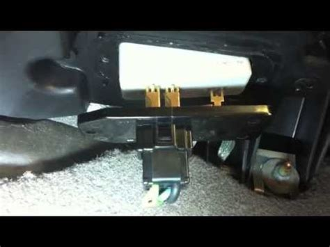 replace blower motor resistor 2000 jeep grand 2000 jeep grand blower resistor fix how to make do everything