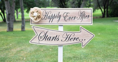Wedding Yard Signs by How To Choose Wedding Yard Signs That Match The Theme