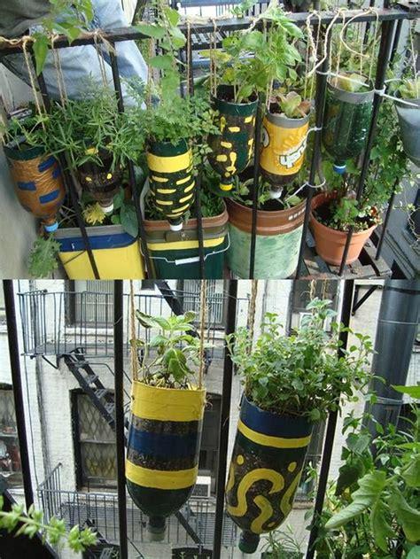 pot bunga susun 4 vertical gantung diy plastic bottle herb hanging garden usefuldiy