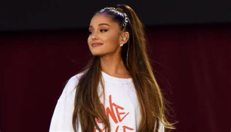 photos of arians hair ariana grande is speechless over honorary citizenship in
