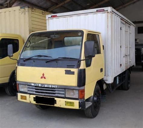 Colt Diesel Mitsubishi Box colt fe mitsubishi colt diesel box 120 ps 6 ban tahun