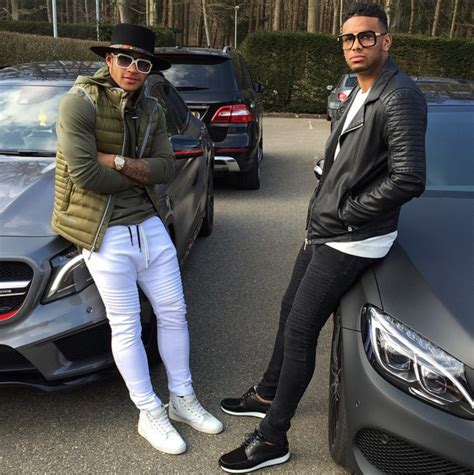 memphis depay new hair style pics is memphis depay a fashion criminal we investigate