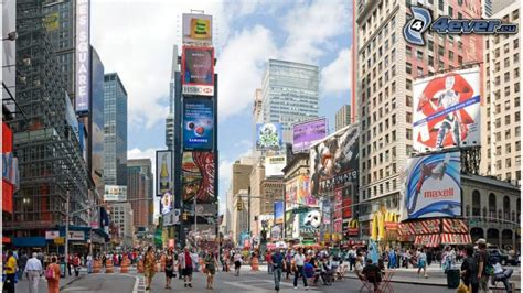 shopping dress di times square new york