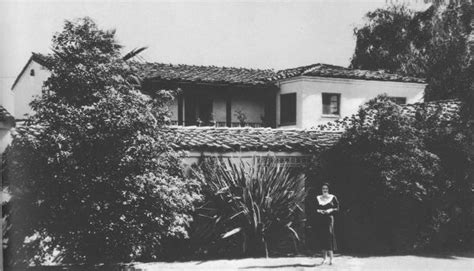 joan crawford house 513 north roxbury dr beverly hills ca joan crawford home old stars homes