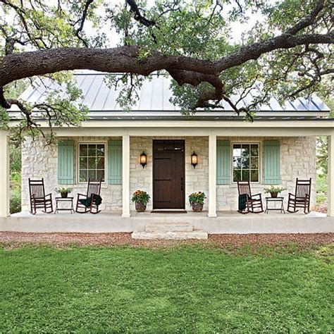 cottage style porch for ranch homes charming texas farmhouse curb appeal stone facade oak