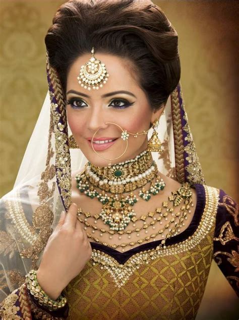 Latest bridal hairstyles for wedding sarees   Indian