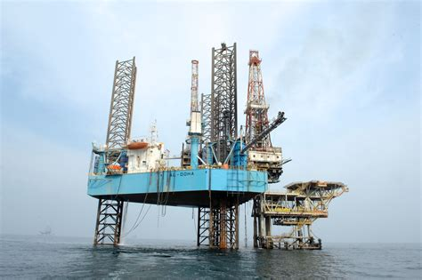 drilling rigs tidal petroleum qatar petroleum extends two offshore rigs contracts