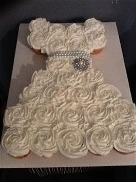 bridal shower cupcakes in shape of wedding dress wonderful diy amazing wedding dress cupcake