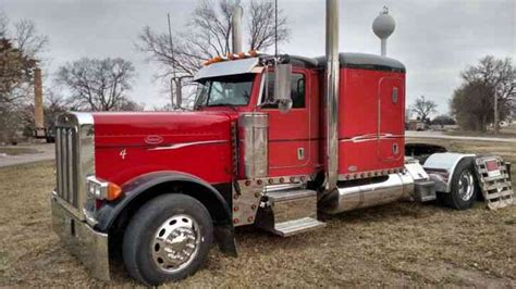 Cat Truck With Sleeper by Peterbilt 379 2007 Sleeper Semi Trucks