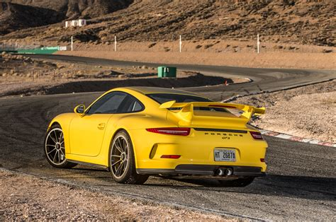 porsche gt3 engine 2015 porsche 911 gt3 first test motor trend