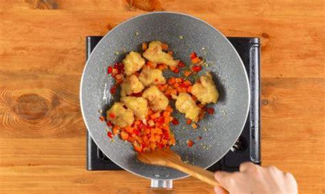 resep nasi goreng rendang ayam crispy masak  hari