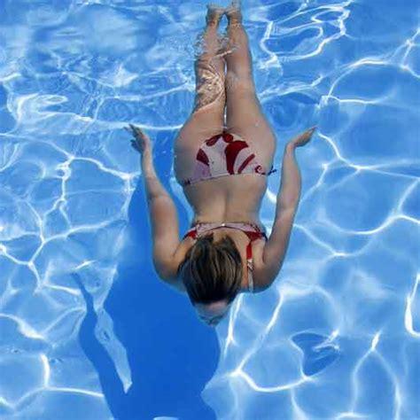 imagenes mujeres nadando windham court
