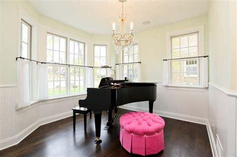 piano in room piano room