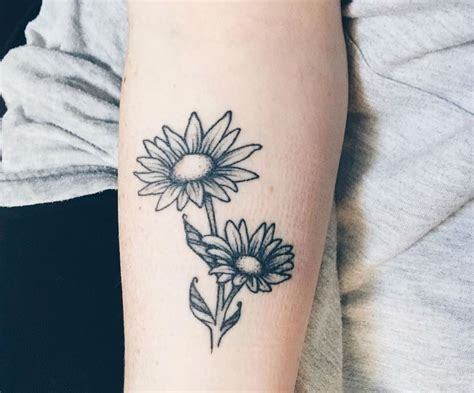 daisy tattoos images designs
