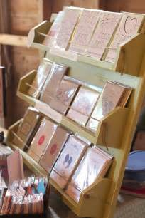 25 best ideas about card displays on stall display diy picture frame crafts and