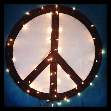 peace sign christmas lights 1000 images about hippy chic decor on pinterest hippie