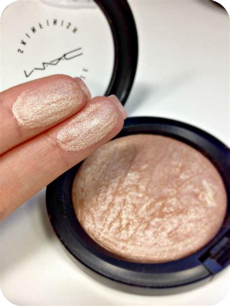 Eyeshadow Highlight highlighter makeup mac mugeek vidalondon