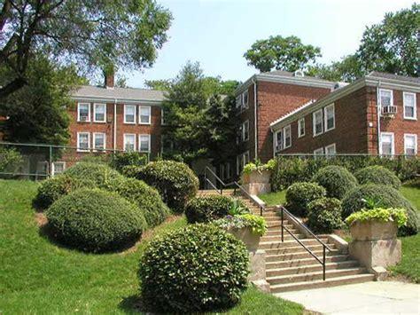 Naylor Gardens by Naylor Gardens Apartments Washington D C Dc Walk Score