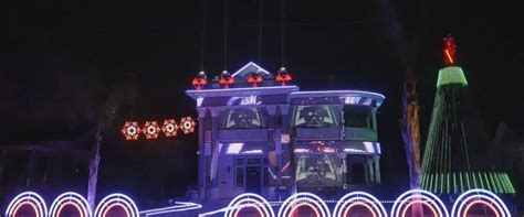 star wars themed christmas lights man makes epic star wars themed holiday light show out
