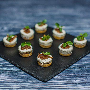 canapes dubai canapes catering  dubai uae