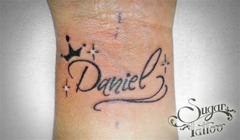 sugar tattoo estudio de dise 241 o y tatuaje nombre daniel jpg