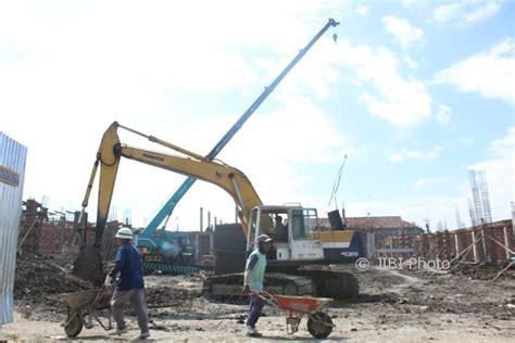 hut ri lapangan untuk pasar darurat pawai budaya