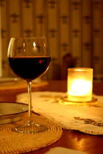 file glass of red wine jpg wikipedia