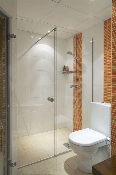Badezimmer Windows Privacy by Duschkabine Wird Alleine Sauber Bild 1