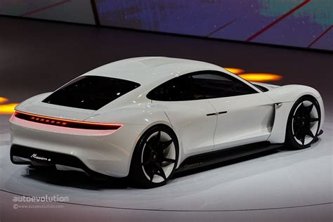 electric porsche porsche mission e gets production green light coming by