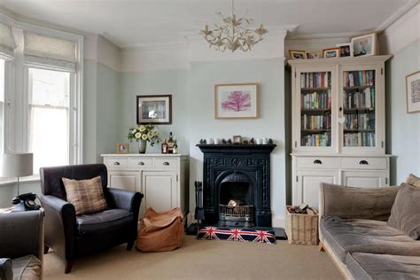 Log Home Decorating Tips living room furniture in english style interior design
