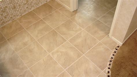 bathroom tiles ceramic tile: bathroom with porcelain tile floors tile floorjpg bathroom with porcelain tile floors