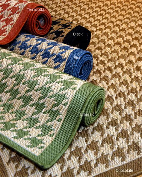 Overstock Outdoor Rugs Houndstooth Polypropylene Area Rug Contemporary Outdoor Rugs By Overstock