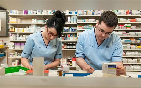 Pharmacy Careers by A Career In Pharmacy And Psychology Dradgeeport133 Web
