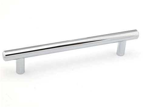 contemporary metal pull brushed nickel 160 mm c to c richelieu contemporary metal pull chrome and brushed