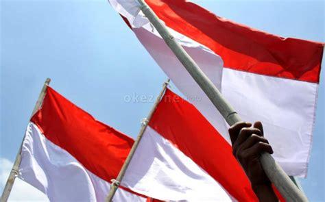 Bola Merah Putih rscm pasang bendera merah putih terbalik okezone news