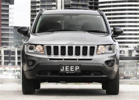 Jeep Compass Replacement 2017 Jeep Compass Patriot Replacement To Be Made In Mexico