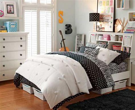 como decorar mi cuarto pequeño ideas para poner fotos en tu habitacion good vives en una
