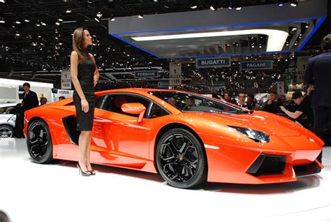 topcarblog » Features Lamborghini » Autosalon: Lamborghini Aventador