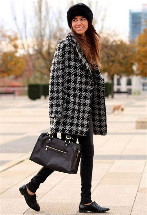 Houndstooth Print: 17 Stylish Outfit Ideas   Style Motivation