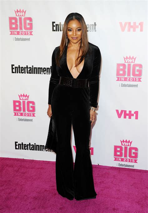 vh1 big in 2015 with entertainment weekly awards tamala jones vh1 big in 2015 with entertainment weekly