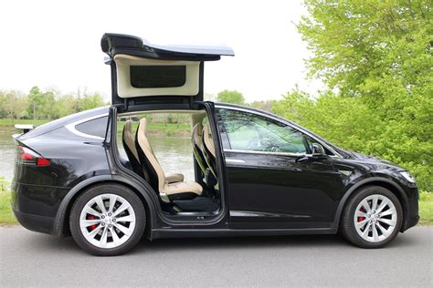 Gm Tesla Tesla Model X Porsche 911 Gt3 Chevy Volt What S New
