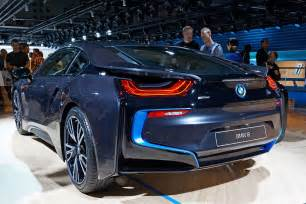 Bmw I6 Price Bmw I8 Hybrid Sports Car Launched In India Priced At 2