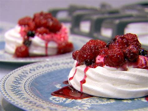 ina garten meringue meringues chantilly recipe ina garten meringue and