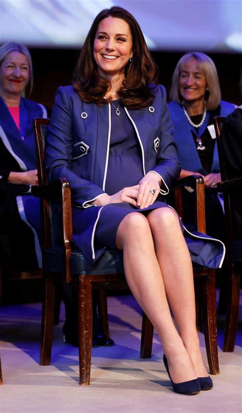 duchess slant meghan markle is doing the duchess slant just like kate