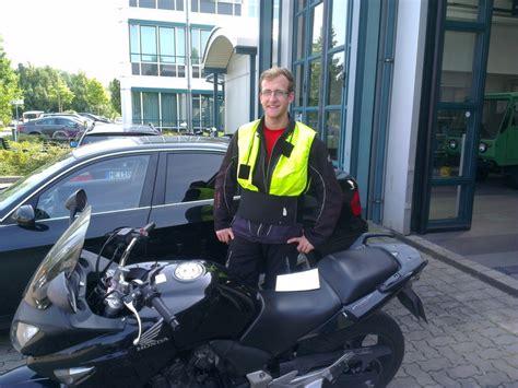 Motorrad Fahrschule Ausr Stung by Motorrad Fahrschule Dresden Bestanden 2013
