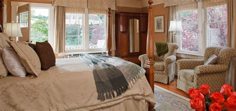 victoria bc bed and breakfast victoria accommodation at abbeymoore manor bed and